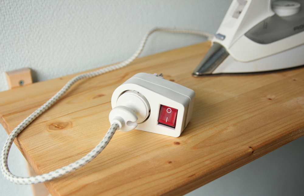 switchable adapter for your iron | naehzimmerblog.de