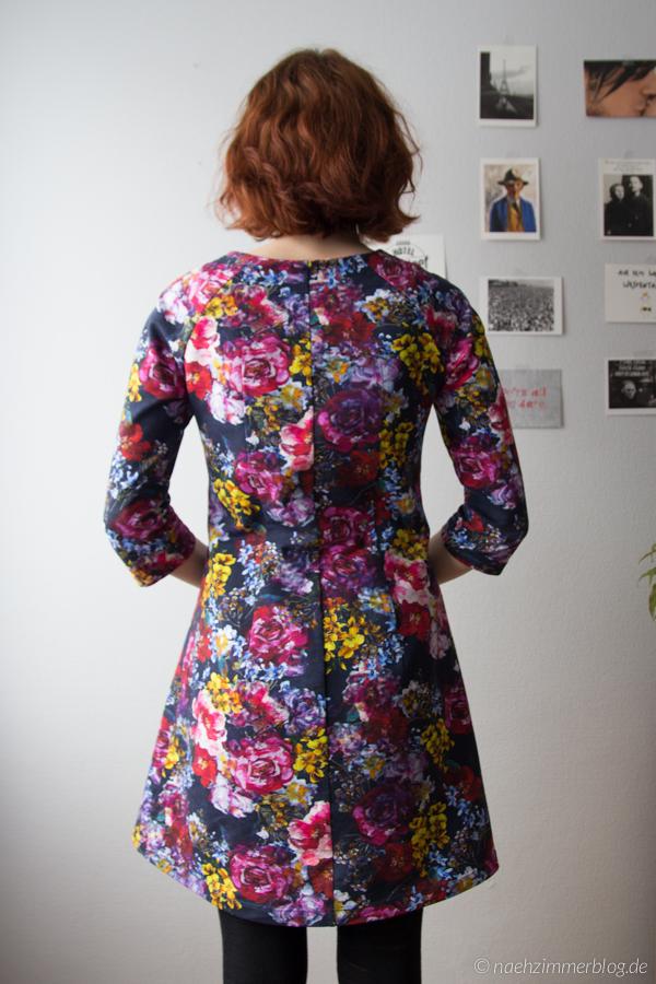 Floral Françoise Dress: Back View | naehzimmerblog.de