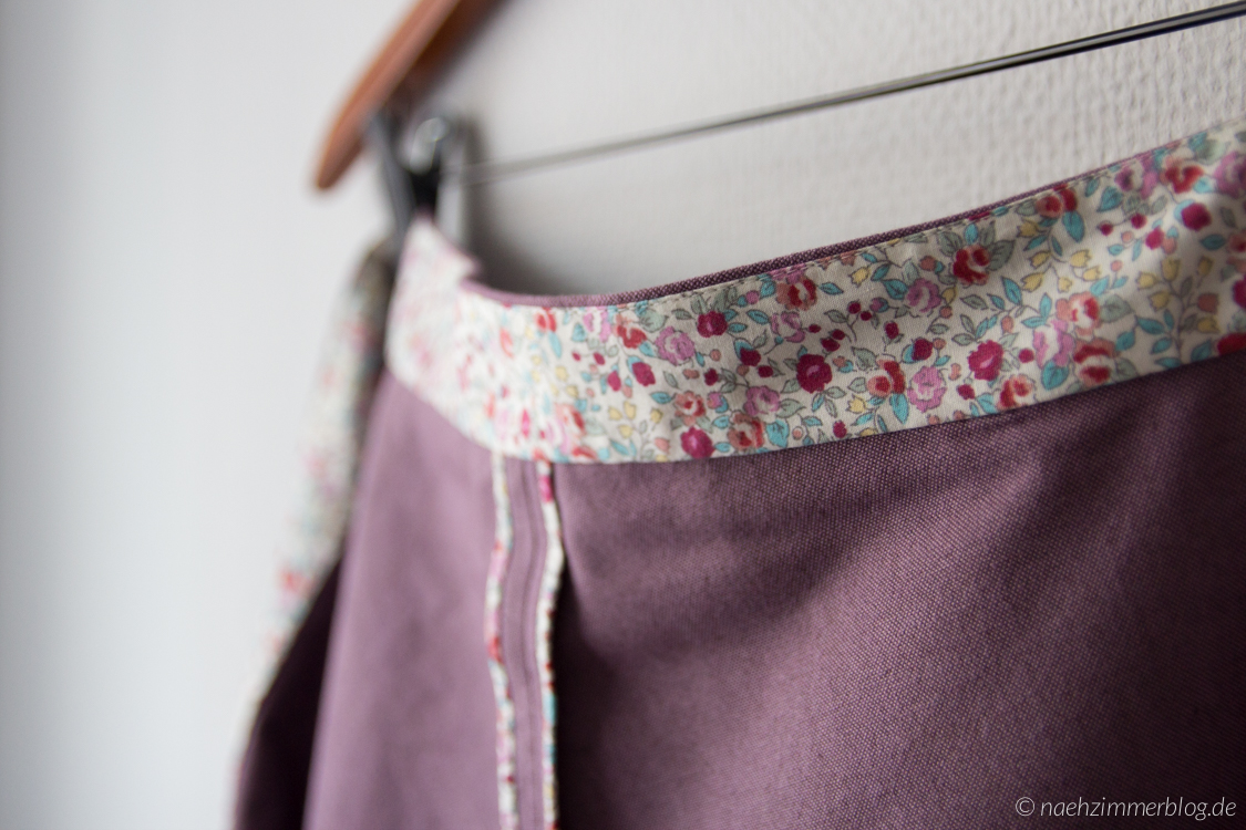 Floral Waistband and Bias Tape Details | naehzimmerblog.de