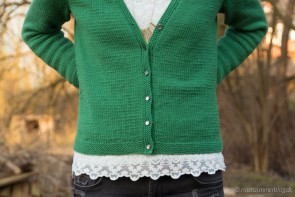 Buttons on green Manayunk Cardigan | naehzimmerblog.de