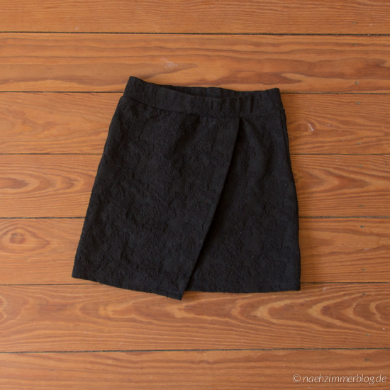 Unfinished Black Skirt | naehzimmerblog.de